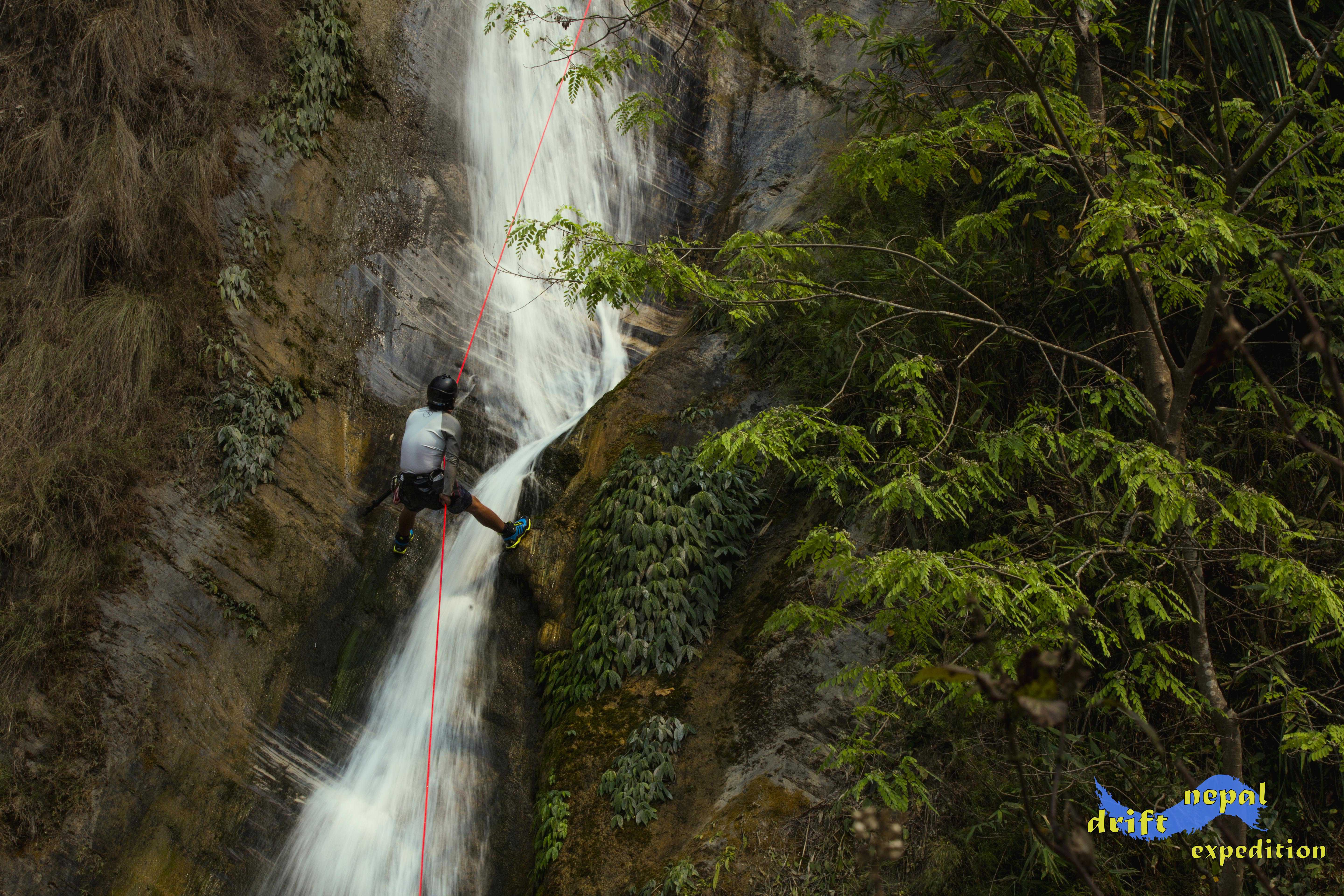 Canyoning service